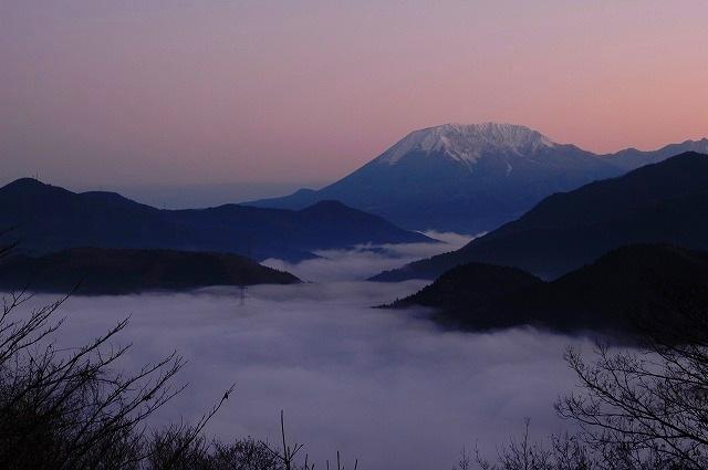 大山と雲海1