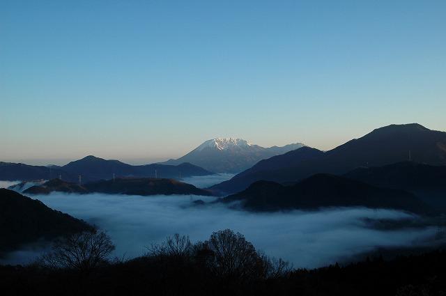 大山と雲海4