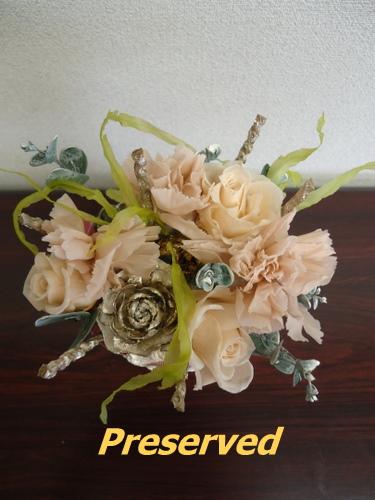 玄関正面の花