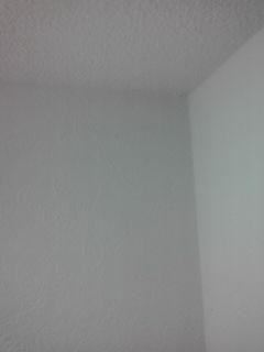 天井と壁の隙間③