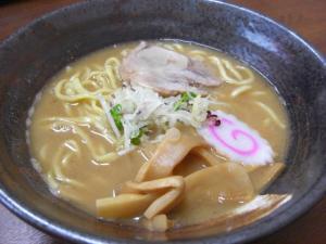 08071411麺屋 にし田・らーめん(醤油)