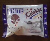 チロルチョコ・ホワイト&クッキー