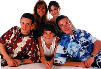 Family20Portrait-719867.jpg