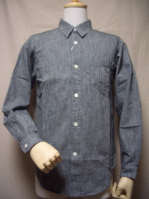 d_triplepleatedshirt_bk.jpg
