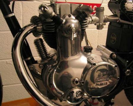 175MSDSのエンジン