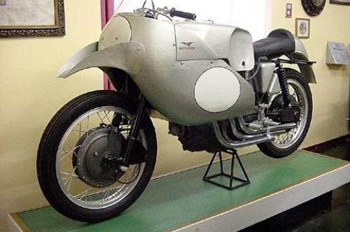Guzzi 4 1953 Delphino