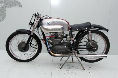 CZ 350