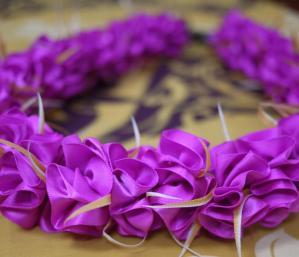 ribbon320-3.jpg