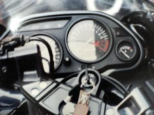 zz-r400-2.jpg