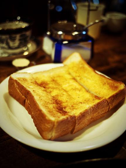 コーヒーの苑 軽食セットのパン