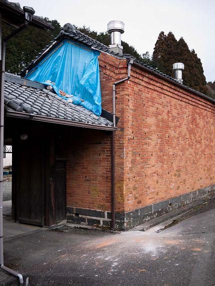 桑崎 レンガの建物04