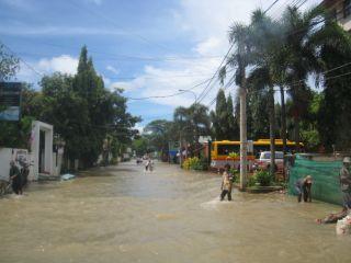 洪水10月11日01
