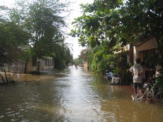 洪水10月6日02