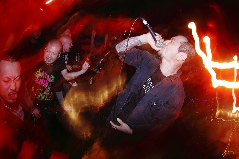 violentaction027.jpg