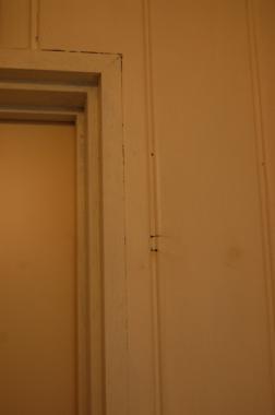 洗面所の扉枠まわり