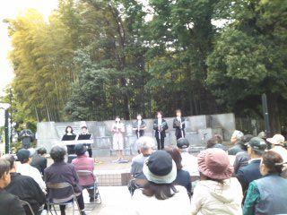 狛江駅前コンサート110429_1307~01
