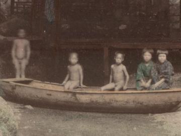 水辺の子供たち