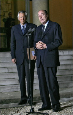 シラク大統領とド・ヴィルパン首相