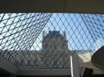 ルーブルのガラスのピラミッド