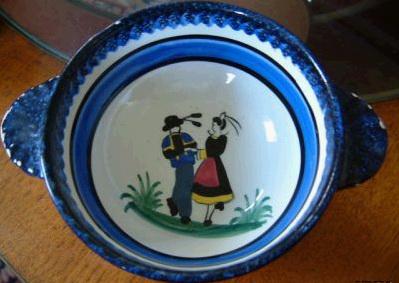 素朴な陶器