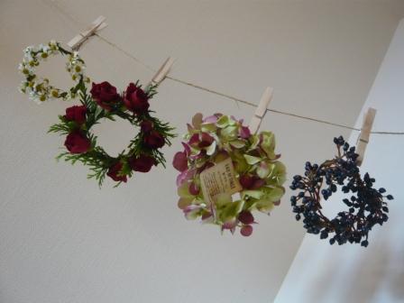 2011.5小さいお花の小さいリースp6