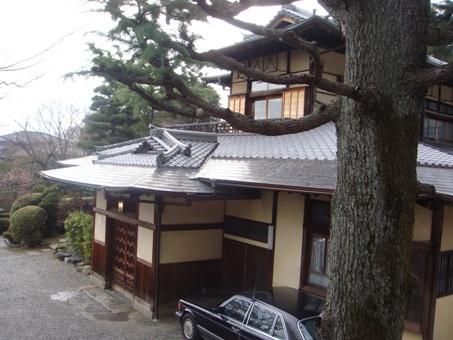 吉田山荘1