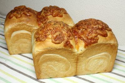 12.04.01チーズ食パン