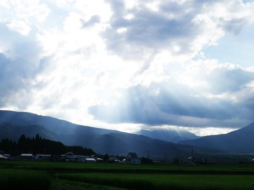 11.8.4黒姫山と雲10-
