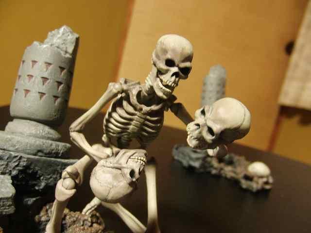 s-skeleton15.jpg