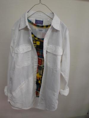 ホワイトデニム 3ポケット シャツ