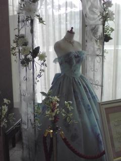 水色のドレス