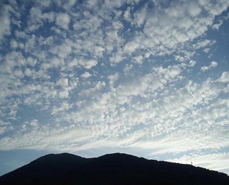 2008年9月 -- 空 --