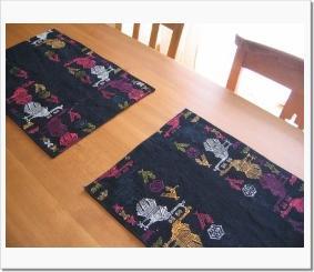 2008-10 luncheon mat