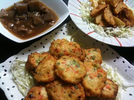 豆腐ボール・こんにゃくと豚肉の餡煮・フライドポテト