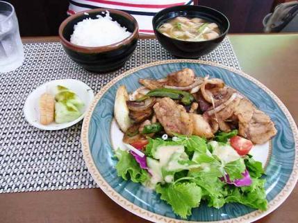 11-9-19 生姜焼き