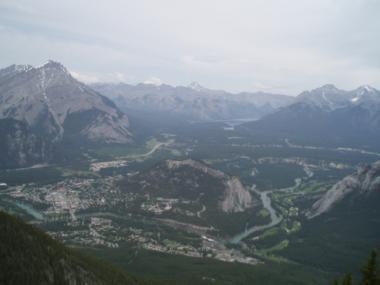 バンフの頂上からの景色