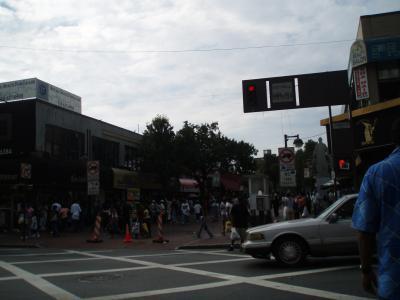 NY5日目ジャマイカのメインストリート?