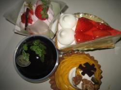 4種類のケーキを購入