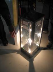 3階の建築物理実験室では窓ガラスの断熱性能を体感