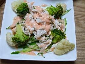 鶏ささ身ときゅうりのサラダ