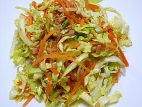 キャベツのカレー風味サラダ