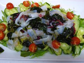 こんにゃくと海草サラダ