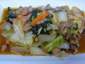ホルモンと野菜炒め