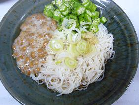 納豆とオクラのねばねば素麺