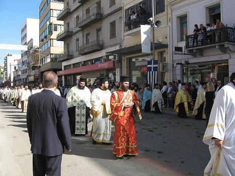 こんなにたくさんの司祭さんと色とりどりの衣装を見る機会は珍しいです。