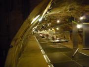 下水路の真上に展示物
