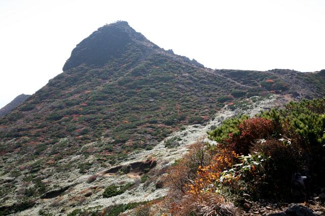朝日岳のピーク