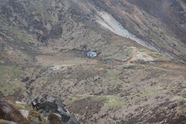 避難小屋の周辺