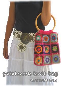 パッチワークの手編みニットバッグ