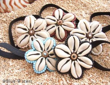 貝殻のお花モチーフヘアゴム